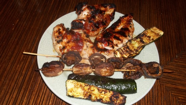 Habañero chicken with grilled zucchini and mushrooms